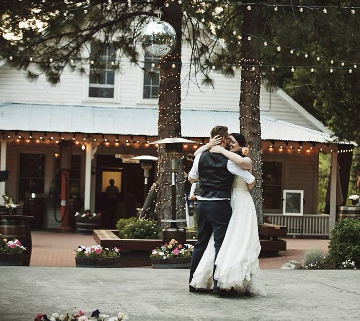 wedding first dance winemaker's love song tyler lyle twenty mile house