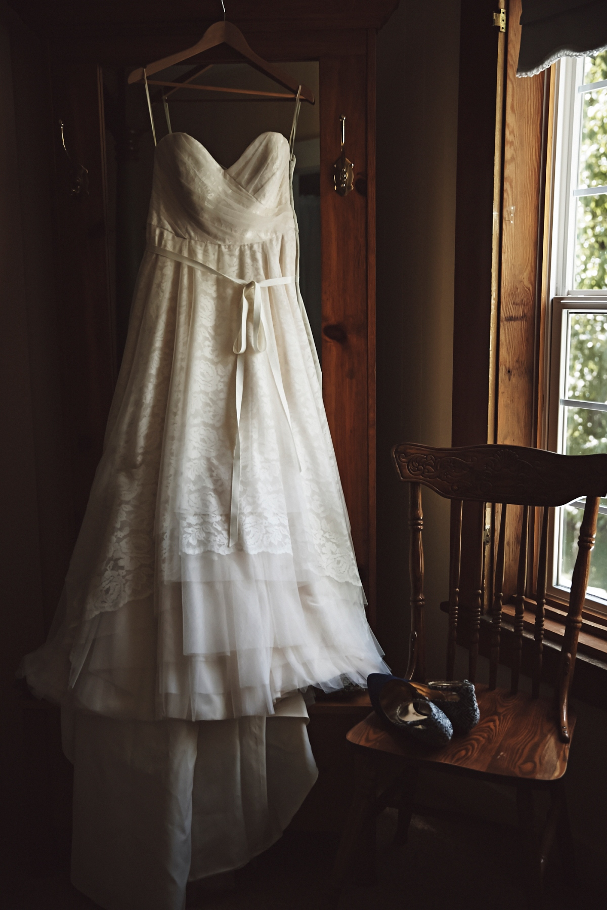 J+H_Wedding_BridePrep_813