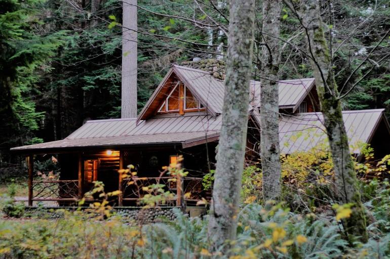 Log Cabin Greenbank WA Whidbey Island